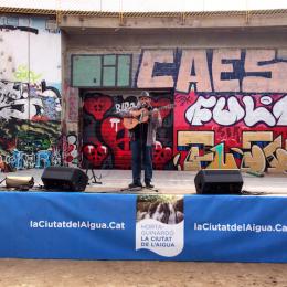 Actuació a la plaça Botichelli d'Horta Guinardó